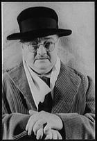 Alexander Woollcott photo