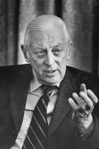Alistair Cooke foto