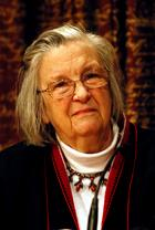 Elinor Ostrom photo