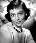 Luise Rainer photo