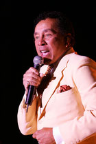 Smokey Robinson photo